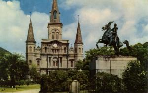 LA - New Orleans. St Louis Cathedral & General Jackson Memorial