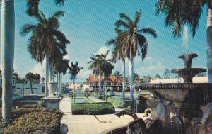 Memorial Fountain Looking North Palm Beach Florida