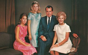 President Richard NIXON & Family , 60-70s
