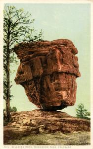 CO - Garden of the Gods. Balanced Rock in Mushroom Park