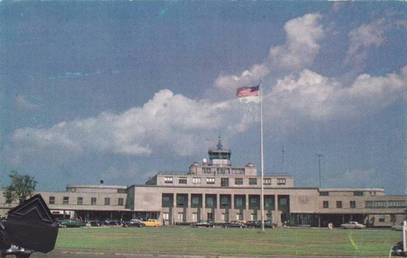 Exterior View, Front of Washington National Airport, East of Mt. Vernon Memor...