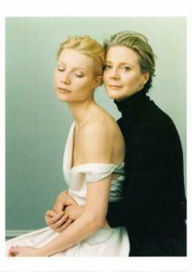 Gwyneth Paltrow and Blythe Danner by Annie Leibovitz Postcard