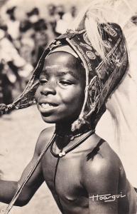 RP: Portrait , Afrique Noire - Petite danseuse acrobatique , 20-30s