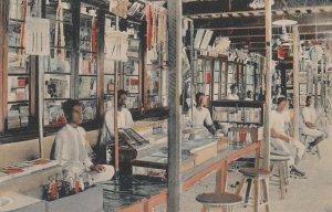 FORT WILLIAM , Calcutta , India , 00-10s ; Interior of Bazar