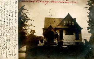 WI - Wauwatosa. Harwood Library (1907-1957).    *RPPC