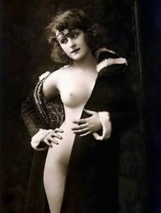 Ziegfeld Girls French, Risque, Erotic, Nude, REPRO Postcard Z177028