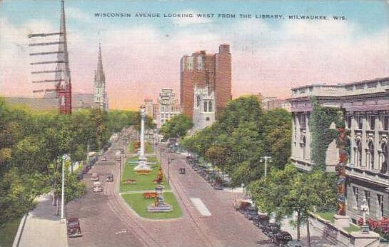 Wisconsin Milwaukee Wisconsin Avenue Looking West From The Library 1943