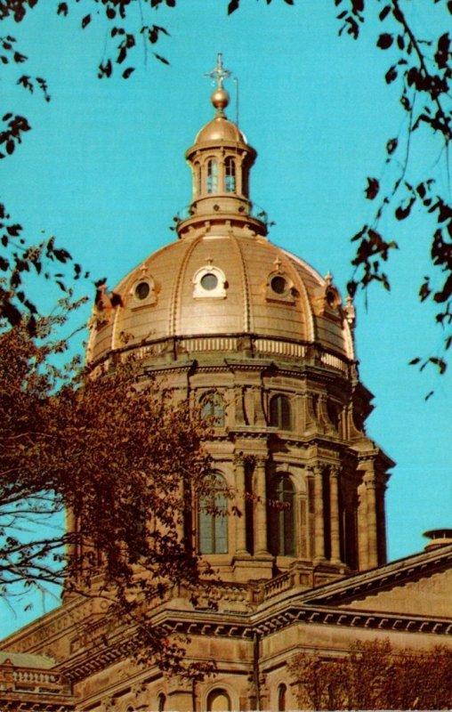 Iowa Des Moines Capitol Building Golden Dome