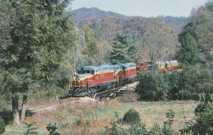 Great Smoky Mountains Railway GP-7 #777 GP-9 #200 Train Locomotive