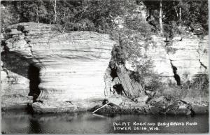Wisconsin Dells - RPPC -  Pulpit Rock and Baby Grand Piano