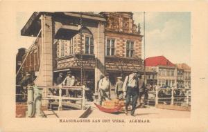 NETHERLANDS  Handcolored Cheese Carriers  KAASDRAGERS at Work ALKMAAR   Postcard