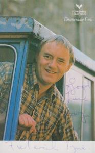 Freddie Jones Sandy Thomas Emmerdale Farm Vintage Hand Signed Cast Card Photo