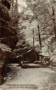 Wisconsin Dells WI~Upper End Witches Gulch~Man at Cabin~Tin Roof Porch~1908 PC