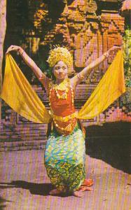 Bali Kedaton Denpasar Miss Ni Wajan Asa Performing Oleg Dance