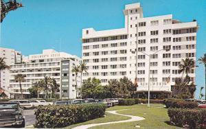 Classic Cars, The Kenilworth Hotel, Bal Harbour, Miami Beach, Florida, 40-60´s