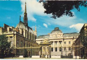 France Paris La Sainte Chapelle et le Palais de Justice