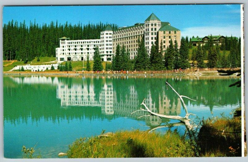Alberta-Canada, Canadian Rockies, Chateau Lake Louise, Chrome Postcard