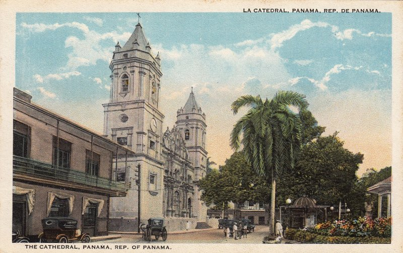 P1917 old postcard old cars horse & wagon the cathedral panama street view
