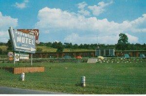 EAST STROUDSBURG , Pennsylvania , 1950-60s ; Paramount Motel