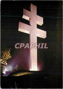 Postcard Modern Memorial Erige has General de Gaulle's Memory