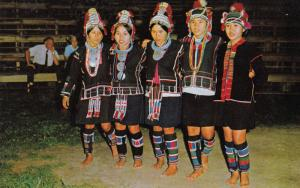 Thailand , 50-60s : E-KAW Girls Dancing