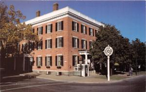 CAZENOVIA NEW YORK LINCKLAEN HOUSE~COUNTRY INN POSTCARD
