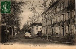 CPA ARC-les-GRAY - Chaussée d'Arc (452413)