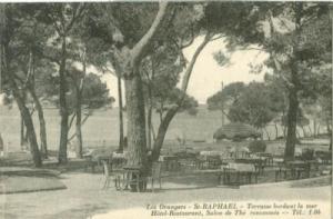 France, Les Oranges, St, Raphael, Terrase bordant la mer ...