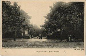 CPA LILLE Entrée du Jardin Vauban (663515)