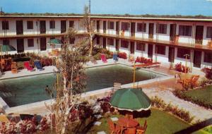 Key Largo City Florida pool scene The Rod and Reel Motel vintage pc ZA440143