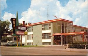 Midtown Motel Hotel Moose Jaw SK Saskatchewan c1967 Vintage Postcard D41