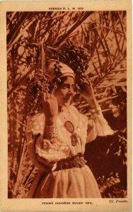 CPA AK Femme Indigene Ouled Nail ALGERIE (812583)