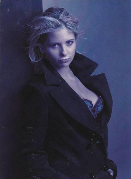 Got Milk? ADV: Sarah Michelle Gellar as Buffy the Vampire Slayer w/ Milk Must...