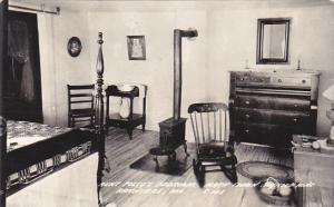 Aunt Polly's Bedroom Mark Twain Boyhood Home Hannibal Missouri Real Photo