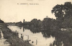 CPA ANDRESY - Bords de SEINE (102894)
