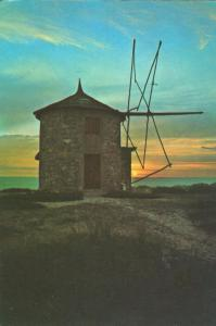 Portugal, Moinhos ao entardecer, Mills at Twilight, Postcard