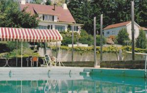 Swimming Pool, Beautyrest Lodge & Cottage Resort,  Port Washington,  B.C.,  C...