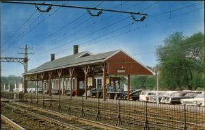 Darien CT RR Train Station Depot Postcard