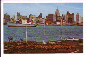 Centennial Park, Windsor Ontario, Detroit River, Ship
