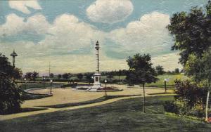 Wolf Monument, Plains of Abraham , Quebec , Canada , 1900-10s