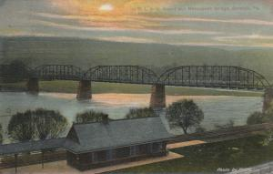 BERWICK , Pennsylvania , 1911 ; D.L. & W. Railroad Depot & Nescopeck Bridge