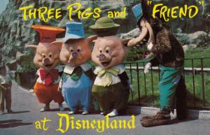 Three Little Pigs & A Friend At Disneyland Vintage American USA Postcard