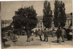 CPA BESANCON - Place Labourée un jour de Marché (175757)
