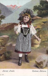 Berner Tracht, Girl wearing Costuem Bernois, Bonnet,  00-10s