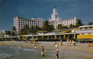 Beach Shore, Stately Roney Plaza Hotel, MIAMI BEACH, Florida, 40-60´