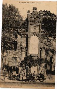 CPA BESANCON - Le Square St-Jean - Vestiges romains (182908)