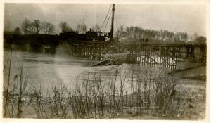 OH - Dayton. March 1913 Flood Aftermath, Railroad Bridge being repaired   - R...