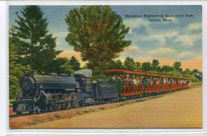 Miniature Railroad Train Detroit Zoo Michigan postcard