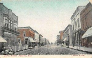 LP62 Ironwood  Michigan  Postcard Suffolk Street