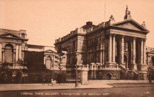 Tate Gallery,Exhibition of Art,London,England,UK BIN